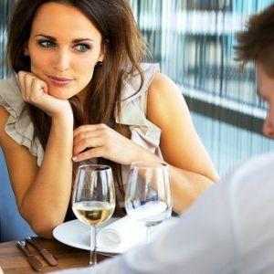 7 Причин завести роман з чоловіком, який молодший за