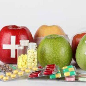 Чи давати вітаміни дітям до року