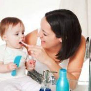Дитяча електрична зубна щітка