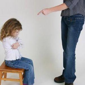 Чи повинна дитина боятися батька