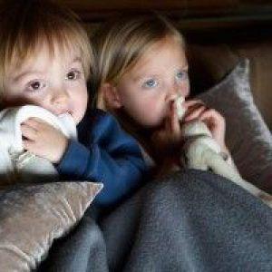Якщо дитина боїться темряви: причини страху, поради психолога та батьків