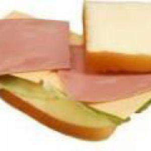 Гарячі бутерброди з шинкою, сиром і зеленню (від 3 до 7 років)