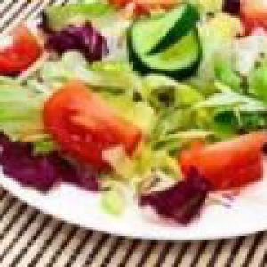 Салат зі свіжої зелені (від 3 до 7 років)