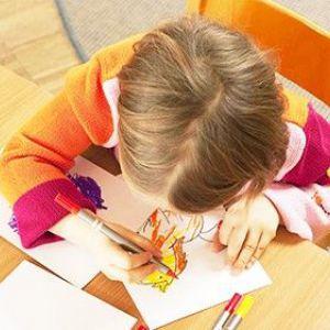 Художники в повзунках: як малювання розвиває малюка
