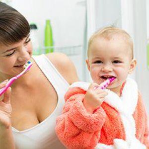 Як чистити зуби дитині