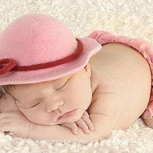 Як навчити дитину спати окремо