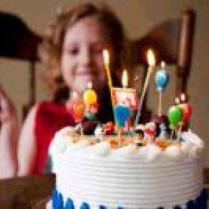 Як привітати дівчинку з днем народження