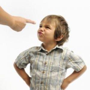 Як правильно карати дитину за непослух? Способи конструктивного покарання