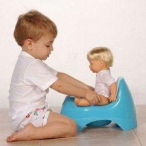 Як привчити дитину до горщика? Поради педіатра