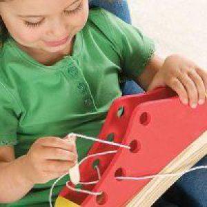 Як розвивати дрібну моторику рук дворічну дитину?