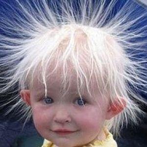 Як доглядати за волоссям дитини