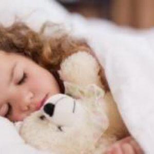 Як укласти дітей спати вдень