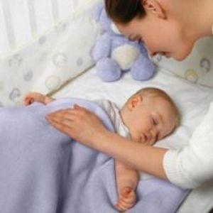Як вкласти дитину спати?