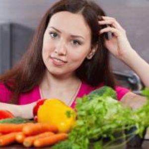 Які овочі та фрукти можна мамі, що годує?