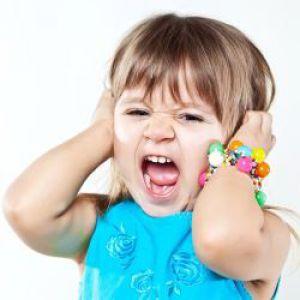 Примхи у дітей раннього віку: як правильно реагувати на сльози і дитячі істерики?