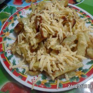 Картопля з салом і гірчично-майонезним соусом