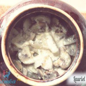 Галушки з грибами