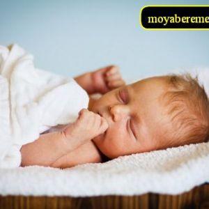 Скоринки на голові у дитини