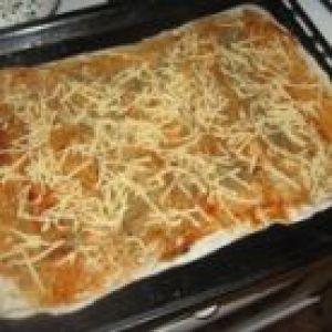 Легкий пиріг із сиром з лаваша
