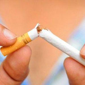 Чи можна мамі, що годує курити. Ризики для малюка і правила безпеки