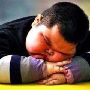 Низькокалорійна дієта під час вагітності призводить до ожиріння у дитини