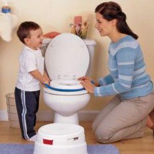 Чому дитина боїться за великим ходити в туалет? Причини і методи подолання страху