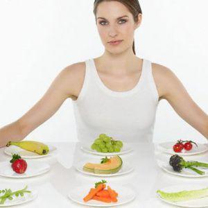 Правила харчування годує грудьми матері в перший місяць