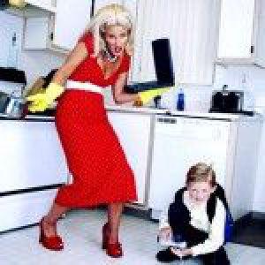 Працююча мама: як через зайнятість на роботі не втратити близькість зі своєю дитиною