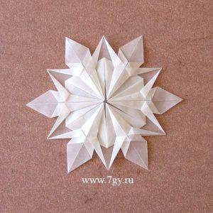 Сніжинка орігамі з паперу. Відео.