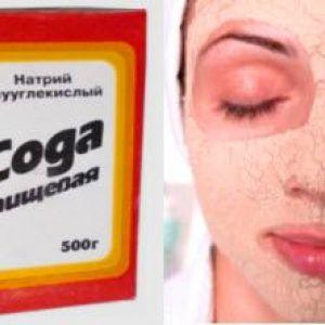 Содова маска для очищення шкіри від прищів і чорних крапок