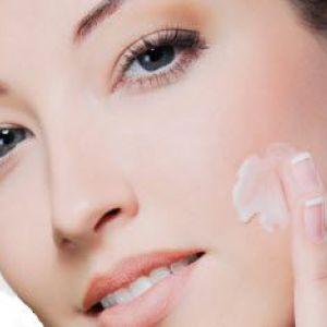 Тональний крем для обличчя. Як нанести на шкіру