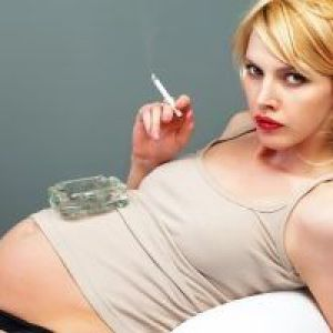 Вітамін с при вагітності - простий спосіб захистити дитину від куріння мами