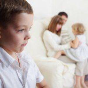 Друга дитина в сім`ї: ревнощі другу дитину