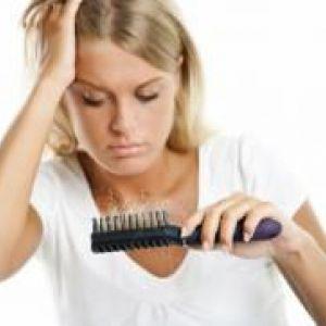 Випадає волосся при грудному вигодовуванні - що робити?